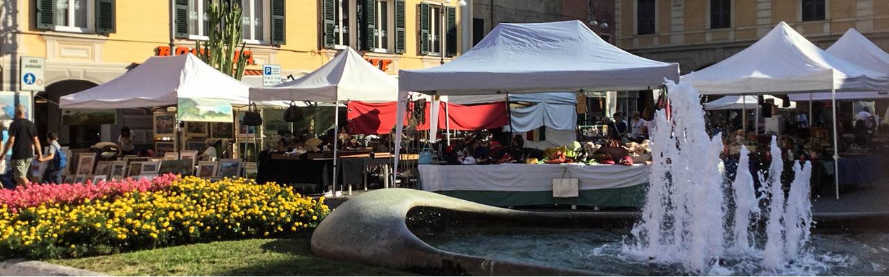 mercatino Chiavari piazza Matteotti